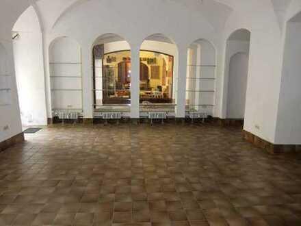 15_VL3639 Verkaufs-/Ausstellungs- oder Bürofläche / Regensburg - Altstadt