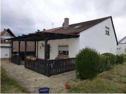 Schönes Haus mit sechs Zimmern in Nürnberg, Werderau