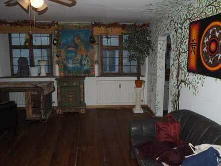Schöne 1-Zimmer-Wohnung mit Balkon und EBK in Wasserburg