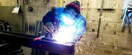 Florierender Metall- und Stahlbaubetrieb mangels Nachfolger zu verkaufen (Reserviert)