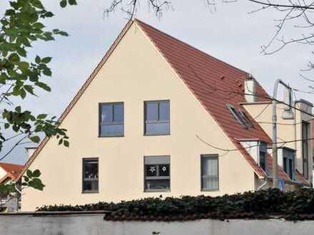 Helle 2,5 Zimmer Wohnung im Dachgeschoss in Wörrstadt – Zweitbezug - Bj. 2017