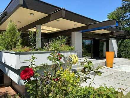 Komfort Villa mit Einliegerwohnung auf einem herrlichen Parkgrundstück - sofort beziehbar