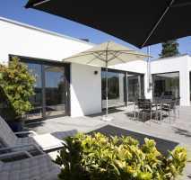 Mutterstadt - Neubau von einem attraktiven Bungalow, 120 m² Wfl. inkl. 698 m² Areal