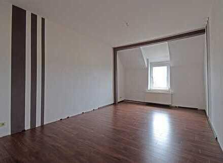 ***großzügige 2-ZKB-Wohnung zum kleinen Preis***