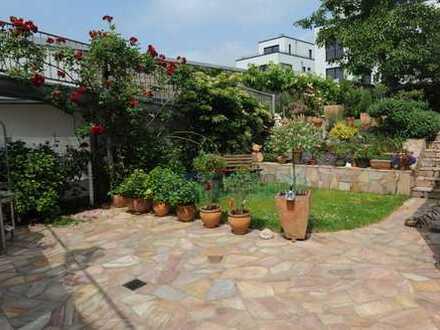 Haus im Haus! Moderne 144 m², 2 Bäder, Balkon, Garten, Garage in bevorzugter Lage von Plittersdorf