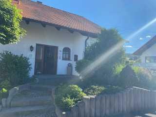 Schönes exklusives Haus mit sieben Zimmern in Zollernalbkreis, Burladingen