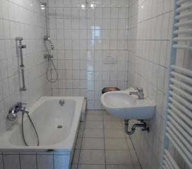 Anschauen lohnt sich! Geräumige Erdgeschoßwohnung in ruhiger Wohnlage in Eppstein / OT Frankenthal