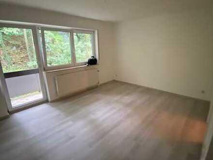 Frisch renovierte 1-Zimmerwohnung mit 29 qm und Balkon zu verkaufen!!