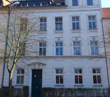 2-Zim. Wohnung mit Balkon, in ruhiger Wohngegend