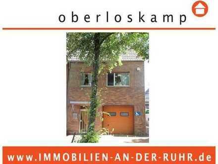 Einfamilienhaus mit integrierter Garage für 2 PKWs und herrlichem Garten in Köln Alt- Weiden
