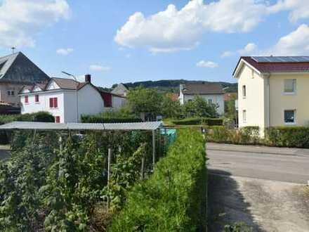 Schöne ruhige 4-Zi Whg, großer Balkon, Lö -Stetten Dorfkern