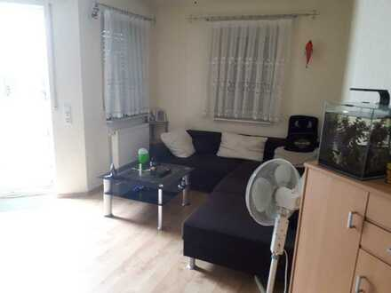 Ansprechende 3-Zimmer-Wohnung mit Balkon und EBK in Klingenberg