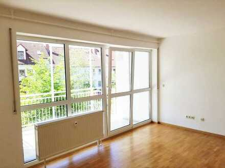Erstbezug nach Sanierung: Helle, ruhige 3- Zimmerwohnung mit Süd-Balkon in Bamberg