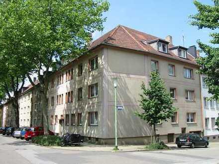 Helle 3 Zi.-Whg. , Holsterhausen , ruhige Seitenstr.