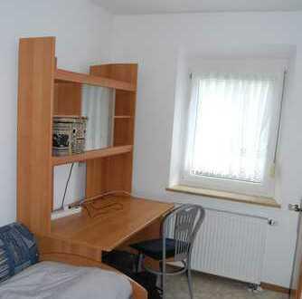 Für Studenten, schönes möbliertes 1-Zimmer Apartment !!!*** Anfragen, bitte nur per E-Mail