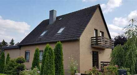 Großzügige 4,5 Zimmer Wohnung, EG mit Garten, in einem 2 Familienhaus in Marklohe
