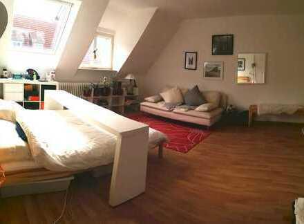 VOLL MÖBLIERTE 1-Zimmer-Wohnung in Stuttgart - Obertürkheim!