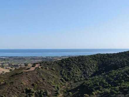 5 ha Land bebaubar mit Meeressicht in Capo Comino