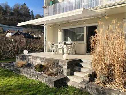 Schöne, geräumige zwei Zimmer Wohnung mit großer Süd-Terrasse in Wolfratshausen