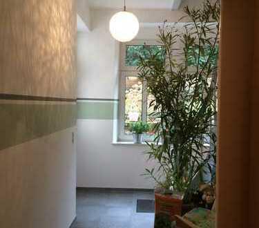 Freundliche 4-Zimmer-Erdgeschosswohnung mit Terrasse in Neustadt an der Weinstraße