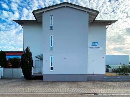 Sehr gepflegtes Wohn- und Bürohaus mit vielfältigen Optionsmöglichkeiten
