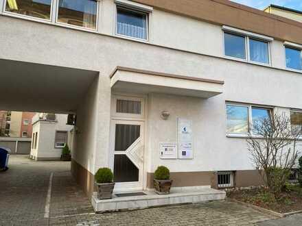 Schöne Büro/Praxisräume im EG in der Kirschgartenstraße 81