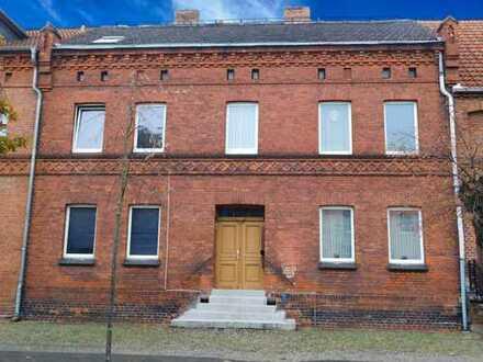 Renditeobjekt! Voll vermietetes Mehrfamilienhaus in Stadtnähe