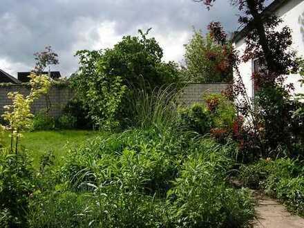 zentrumsnah, ruhig und familienfreundlich - Haus mit großem Garten