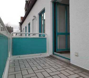 Exklusives Apartment mit Balkon, Einbauküche und Stellplatz im Universitätsviertel