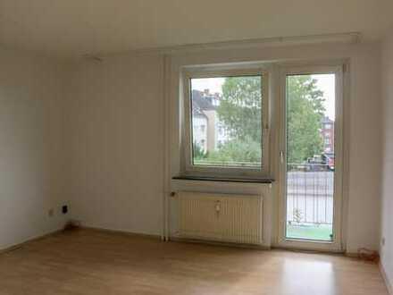 Blick ins Grüne, Balkon, geräumig, Wannenbad