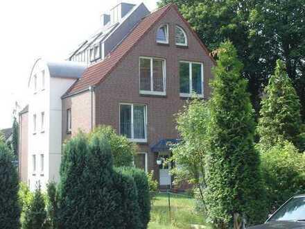 Schöne, geräumige zwei Zimmer Wohnung in Hamburg, Tonndorf