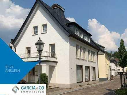 GARCIA: Stadtwohnung mit Balkon