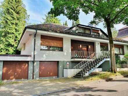 Freistehendes Einfamilienhaus in Wuppertal Vohwinkel mit Garten, 2 Garagen & Pool!
