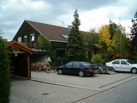 ruhige 2 1/2 Zimmer Wohnung in Gärtringen-Rohrau, Kreis Böblingen