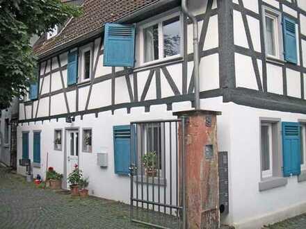 1.800 €, 152 m², 5 Zimmer