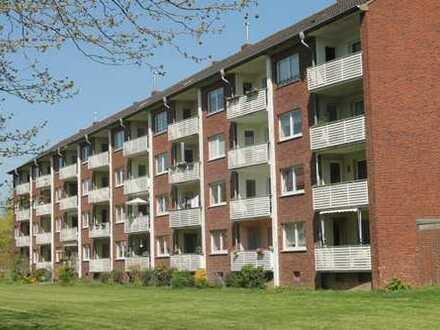 2 Zimmer-Wohnung mit Loggia Nähe Greiffenhorstpark in Krefeld-Linn