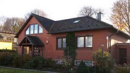 Einfamilienhaus mit viel Platz zum Wohnen und Arbeiten-Gute Autobahnanbindung-