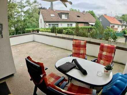 **schöne 3,5Zi. Wohnung im 1.OG eines gepflegten MFH mit 30qm Terrasse & Garage**