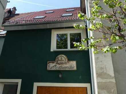 kleines Haus mit drei Zimmern im Zentrum von Reutlingen