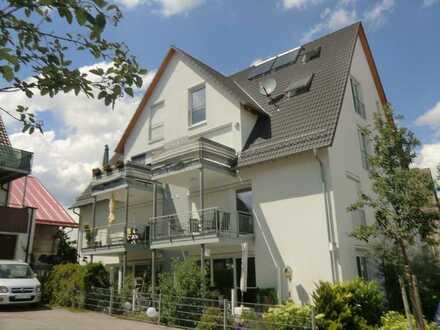 Exklusive 3,5 Zimmer EG. Wohnung mit 2 Terrassen barrierefrei mit Aufzug + TG Platz