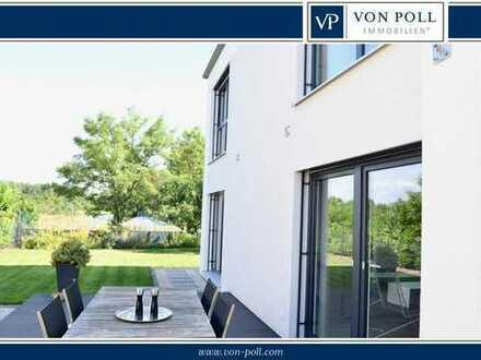 Exklusives freistehendes Einfamilienhaus im Bauhausstil in Feldrandlage