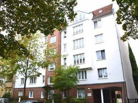 Schöne helle 3-Zimmer-Wohnung mit EBK und Balkon in Adlershof (Treptow), Berlin