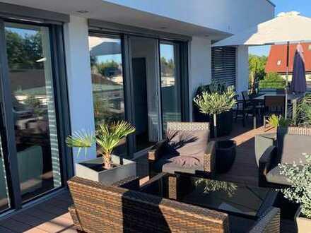 Exklusives 3-Zimmer-Luxus-Penthouse mit privatem Liftzugang, EBK, TG und zwei großen Dachterrassen