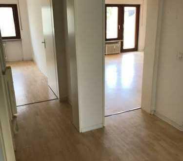 renovierte 3-Zimmer Wohnung in schöner Lage