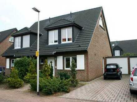 Doppelhaushälfte in Dormagen Mitte
