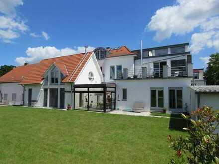 Im Loft Design präsentiert sich diese moderne, hochwertige Eigentumswohnung…..