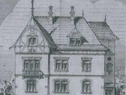 700 €, 120 m², 3,5 Zimmer in alter Stadtvilla