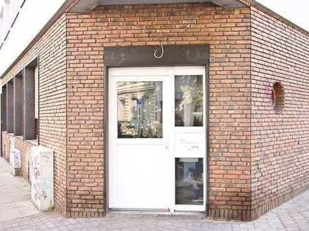 Schöne 2-Zimmer-Erdgeschosswohnung mitten in Nippes an Hausmeister/in zu vermieten