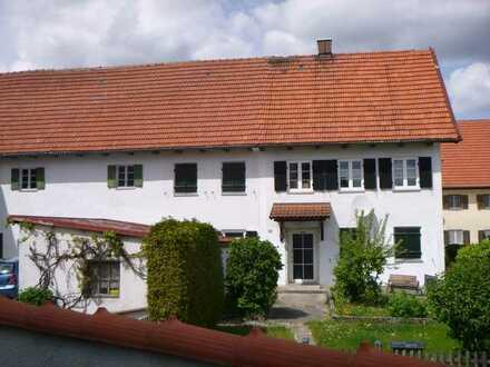 Schönes gepflegtes Einfamilienhaus - Bauernhaus zur Miete in Moorenweis, Ortsteil Eismerszell