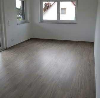 Neuwertige 4-Zimmer-Wohnung mit Balkon in Hauptstraße, Benningen